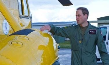 Duke-of-Cambridge-at-RAF--011